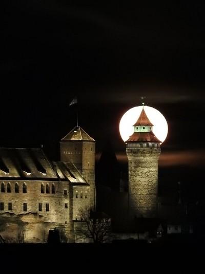 Nuremberg Castle and Fullmoon