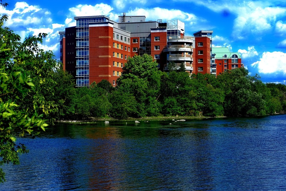 A Retirement Facing The Ottawa,River