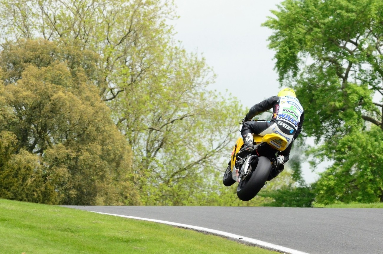 getting air over the mountain at cadwell park