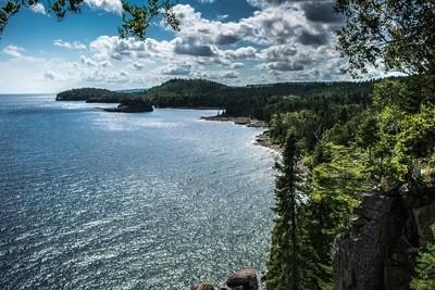 Split Rock Cove
