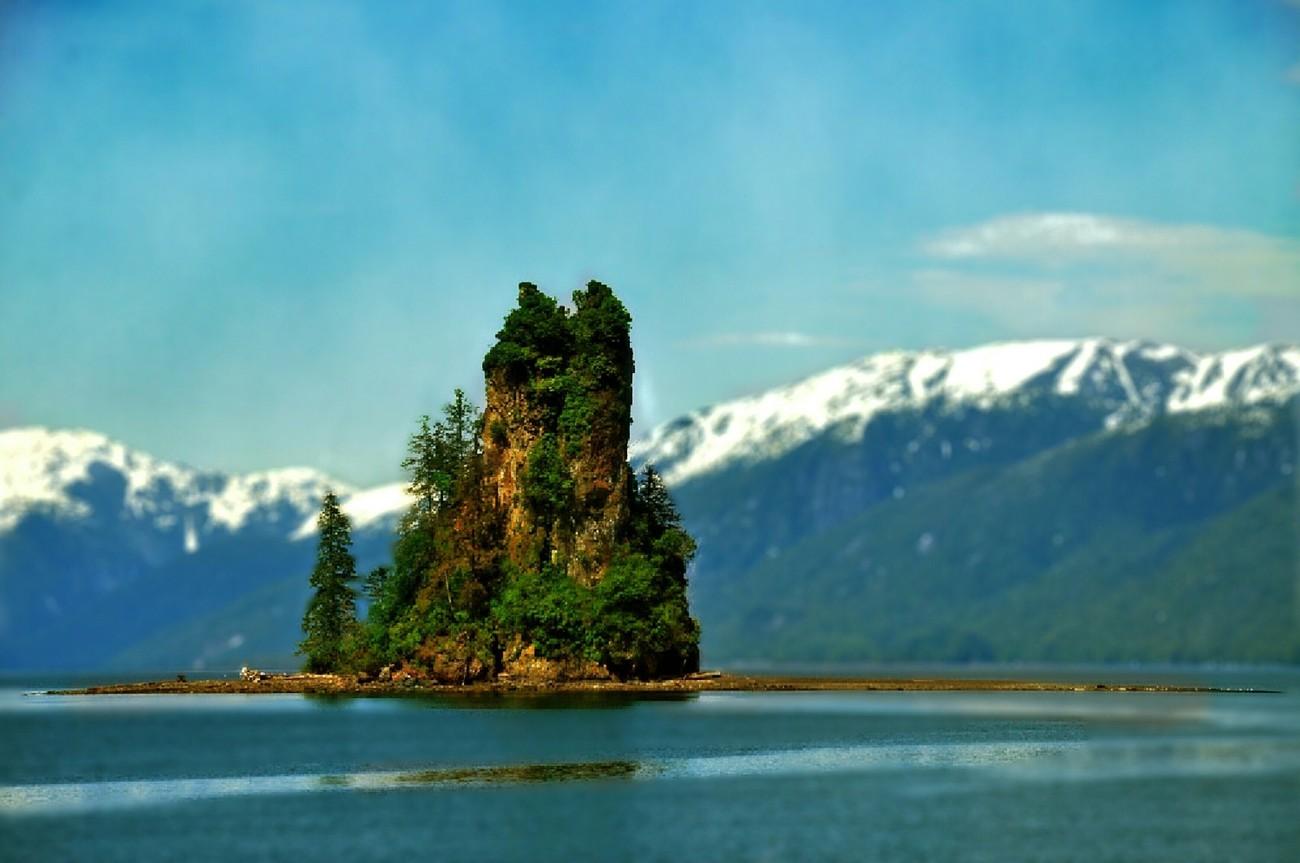 New Eddy Stone Rock, Alaska