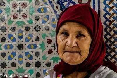Toiletwoman in Morocco