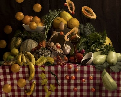 Fruit and Vegetables in motion