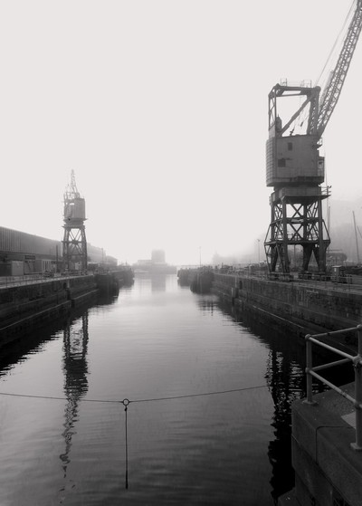 Wet drydock