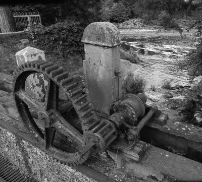 Gears old sion mill in Strabane