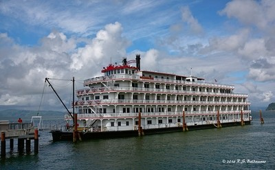 American-Pride-Riverboat-on-the-Columbia-river_PPW