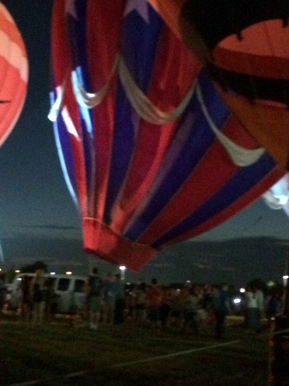 This was at Lone Star Park in Grand Prairie , Tx for their 1st balloonpalooza