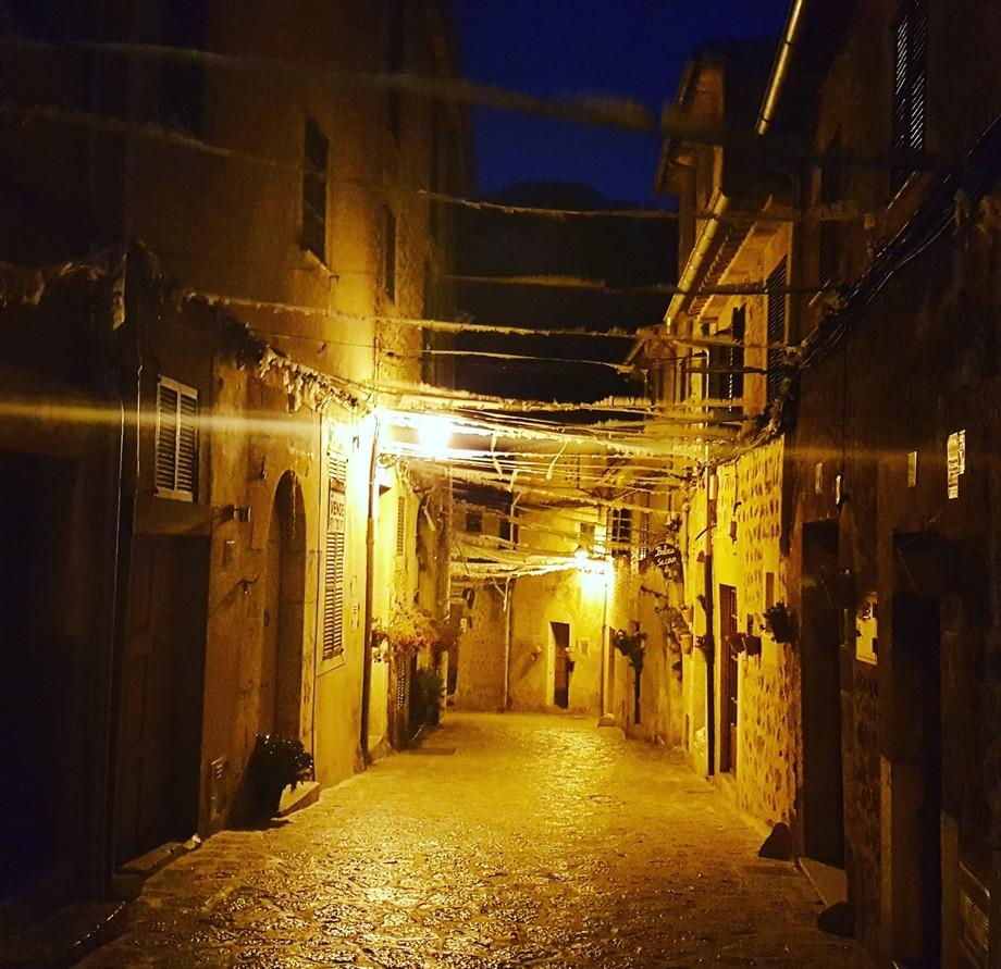 Streets of Valldemossa