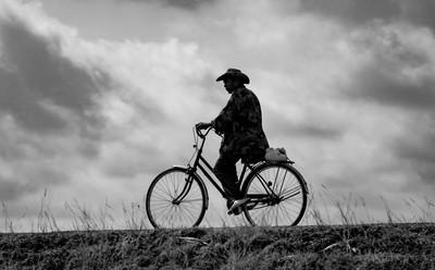 CAMBODIA  l  Riding Home