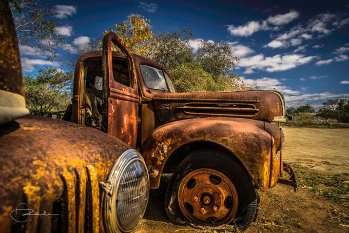 Ravenswood Wrecks by Ozdude - Trucks Photo Contest