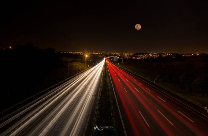 Rush Hour by duartesol - Artificial Light Photo Contest 2017