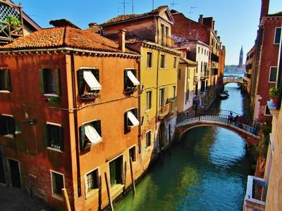 Venezia - Buildings on the Canal
