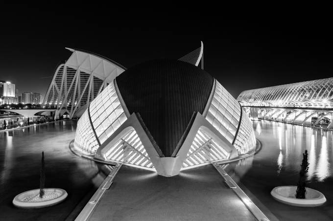Hemisfèric by whiteshipdesign - Geometry And Architecture Photo Contest