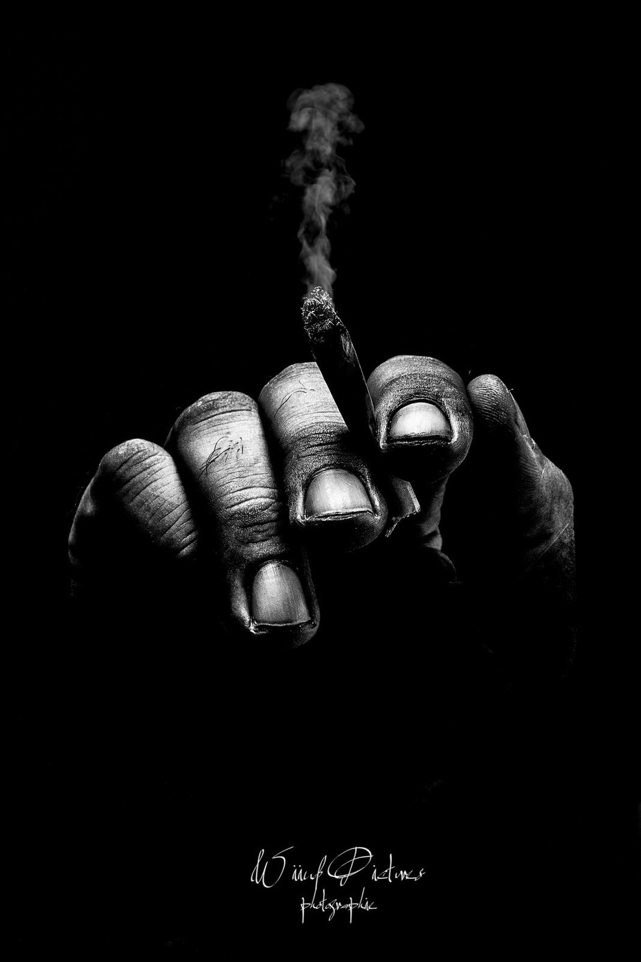 This is the hand Series #4 by FabienPerrot - Shooting Hands Photo Contest