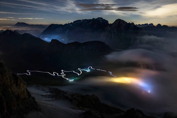 Cloud rolls in on the Pordoi Pass by jamesrushforth
