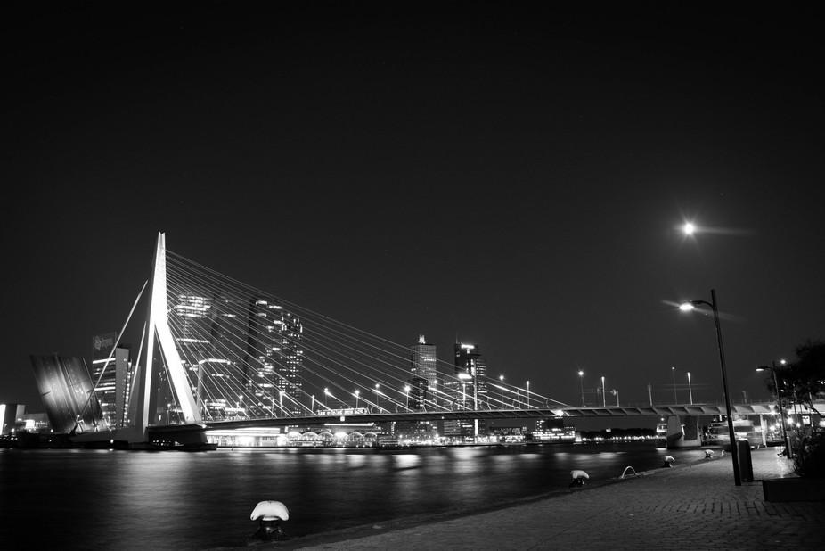 Erasmus bridge on night