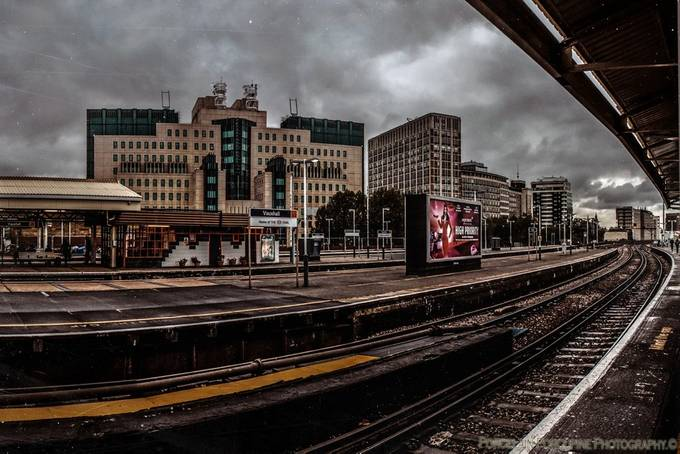 MI6Vauxhall. by antonybarbour - Metro Stations Photo Contest