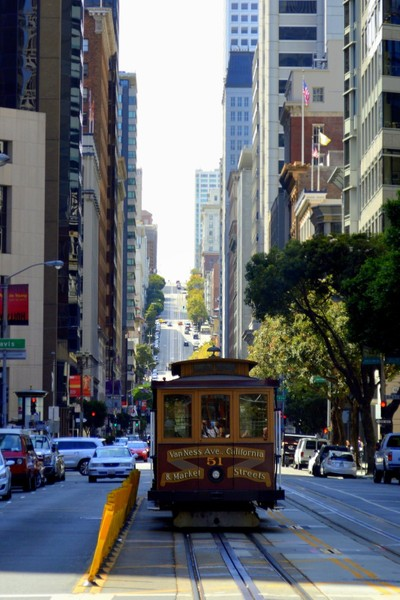 Van Ness and Market cable car