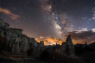 Milky Way, Meteors, White Place, New Mexico