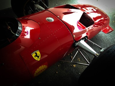 Seeing Red @ goodwood revival