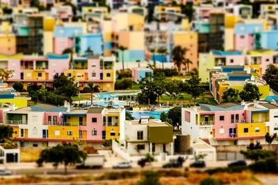 Colored miniature