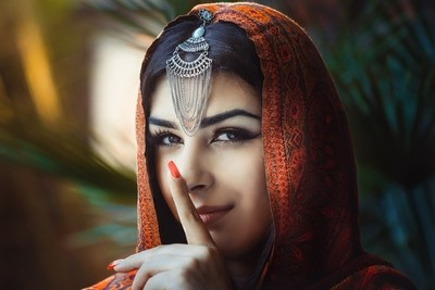 Portrait of a beautiful female model in traditional ethnic costume