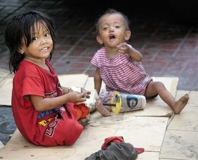 street kids - Philippines