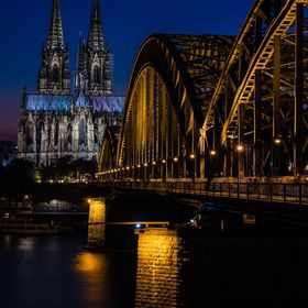 cologne cathedral on a hot summer night