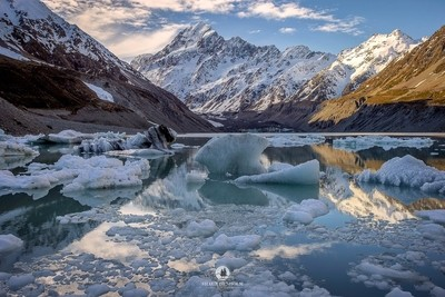 Mt Cook from Hooker lake