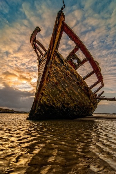 Wrecked boat, Donegal