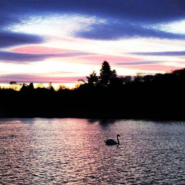 My favourite local Loch so happy capture a lovely Sunset .
