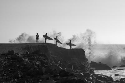 Surfers Peru