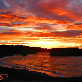 Pokeshaw (NE NB, Canada) offers amazing sunsets on the Sea...  Long time ago, it was relayed to the ground, but with NW strong winds, not much ca...