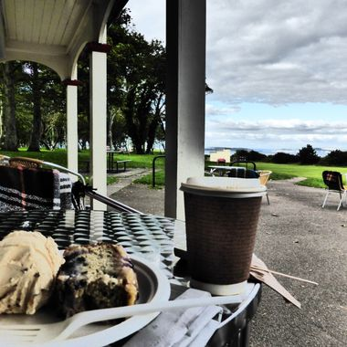 Ye canna beat a Dollop o Home made Icecream, Lovely fruity cake and a nice strong Coffee @ James's @ The Putting Green in Nairn