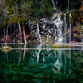 Hanging Lake in Glenwood Canyon (White River National Forest), around 7:30am before the crowd has arrived.