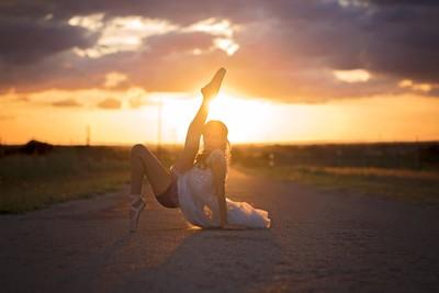 Sunset Ballet Daner