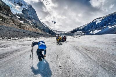 Athabasca Clacier hiking
