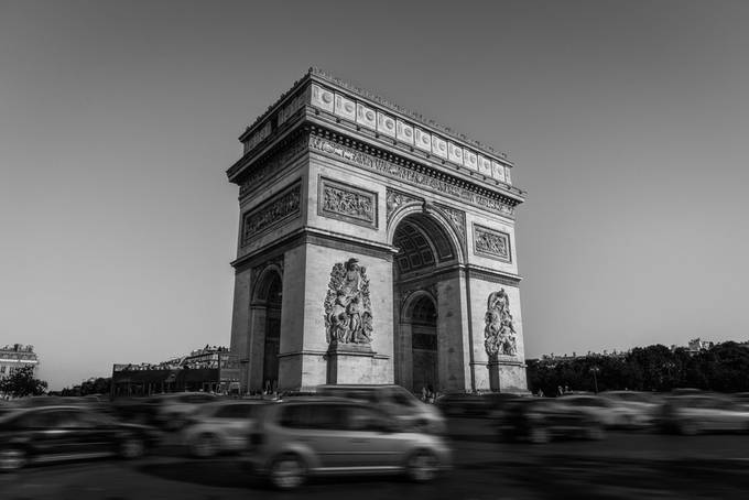 Triomphe by Shootswithcoops - Paris Photo Contest