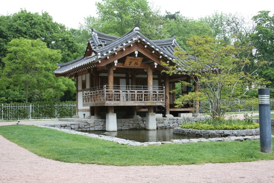 A traditional Korean building in a park dedicated to Korean teachers in Frankfurt, Germany.