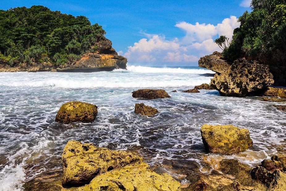 IMG_2167ES_Pantai Batu Bengkung