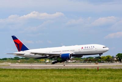 Delta Air Lines Boeing 777-232ER(N862DA)