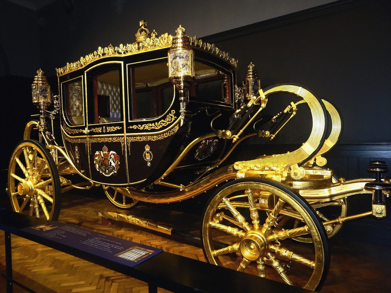 """The Diamond Jubilee State Coach, Buckingham Palace - The """"Britain"""" Collection"""
