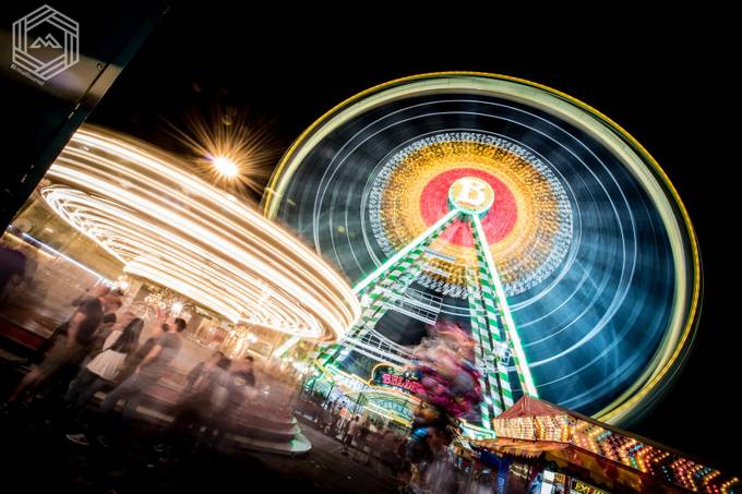 Spinning at the fairground by FlatMat - Composing With Circles Photo Contest