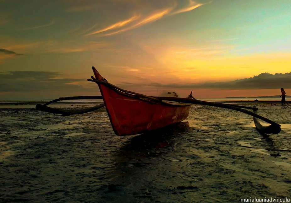 Sunset time is the most awaited and most beautiful moment we have here in Donsol...Tourists from ...
