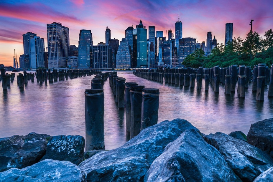 Iconic shot of Brooklyn Bridge Park in NY NY