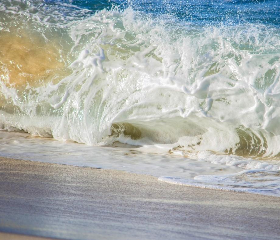 A foamy shore break.