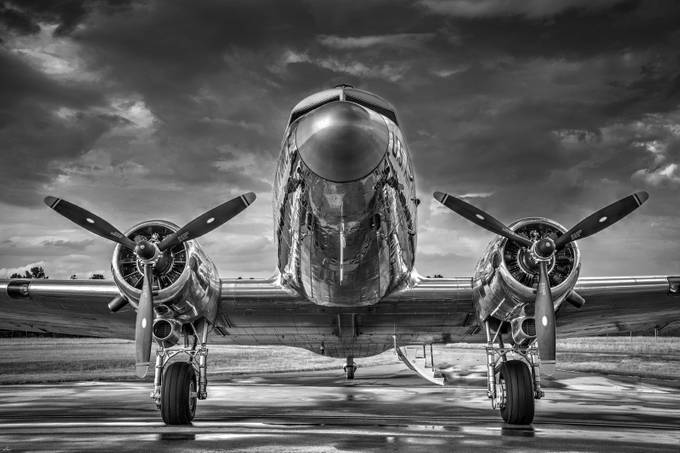 Douglas DC3 by philipdrispin - Aircrafts Photo Contest