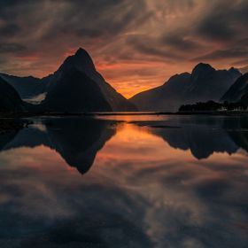 Sunset at Milford Sound, Fiordland National Park, New Zealand.