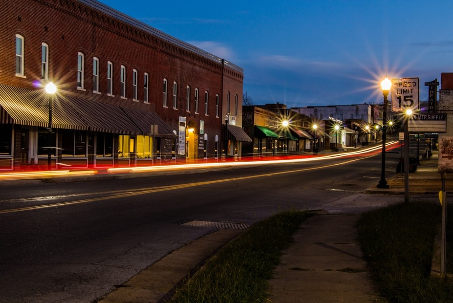 This photo was taken the night of the Scott Kelby Photography Walk 2016. I learned my 1st light t...