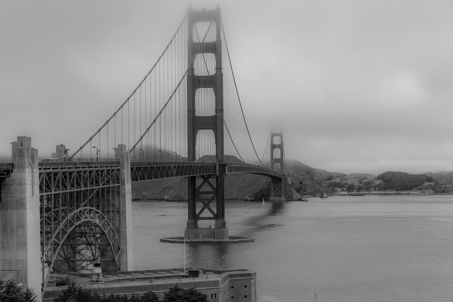 My 1st attempt at this infamous landmark. I really love the fog and wanted to capture the beauty ...